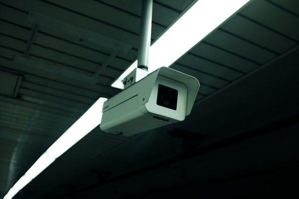 Jakie akcesoria można zamontować do kamer IP?